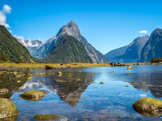 20210208172902-Fiordland National Park with mountains.jpg
