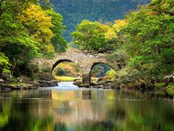 Killarney National Park muckross bridge